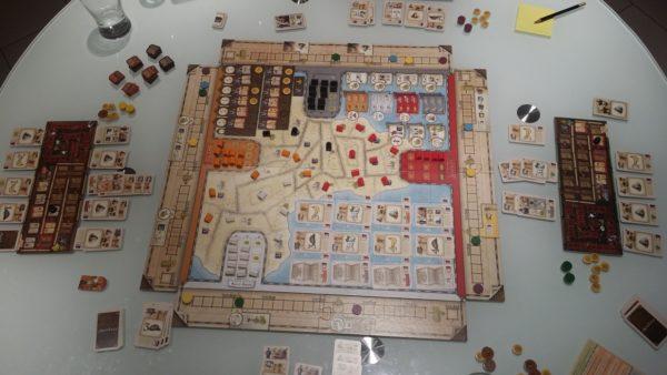 Vue d'ensemble d'une partie du jeu Mombasas
